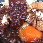#デミたまメンチカツ鍋定食 #かつや デミグラスソースがたっぷりでお腹いっぱい。
