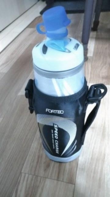 【熱中症対策】スポーツドリンクを入れられる長時間冷える保冷ボトルを紹介 15
