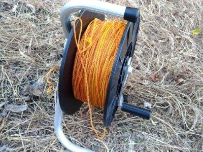【電気柵巻取器】電気柵の紐を素早く絡まずに巻き取る道具を紹介 6
