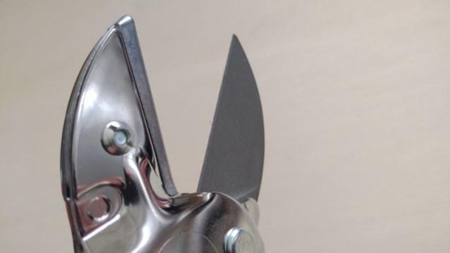LOWE ライオン No.1104 アンビル式剪定鋏の性能・研ぎ方・手入れ方法を解説 267