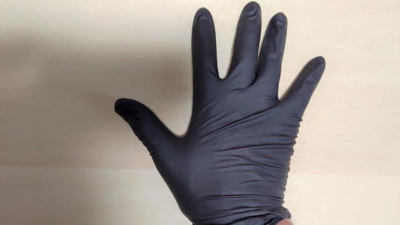 MGブラックニトリルグローブの性能を解説【農作業におすすめの破れにくいゴム手袋】 255