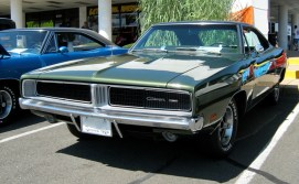 1969_Dodge_Charger_green_F