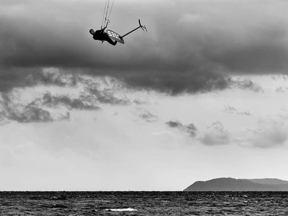 Hydrofoil jump