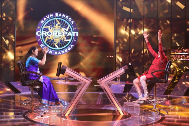 we have the second crorepati of season 12! With the help of lifeline