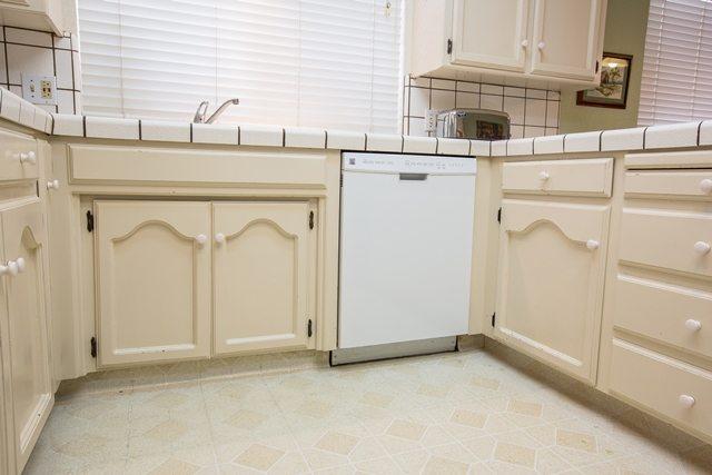 all white kitchen remodel.