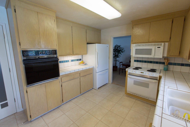 modesto kitchen remodel kitchencrate walnut woods court modesto. Black Bedroom Furniture Sets. Home Design Ideas