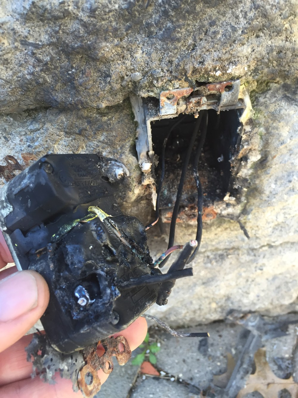 medium resolution of burnt outdoor gfci receptacle outlet