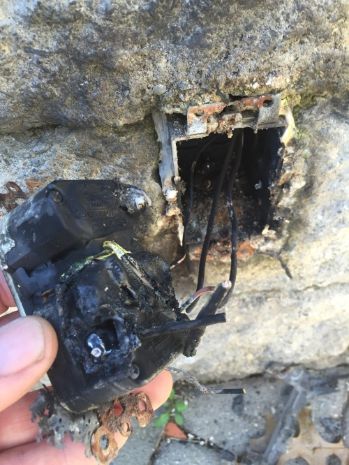 small resolution of burnt outdoor gfci receptacle outlet