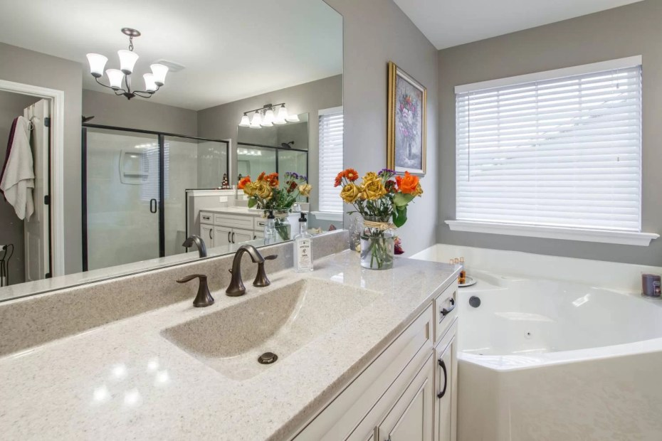 apartment-architecture-bath-1504020