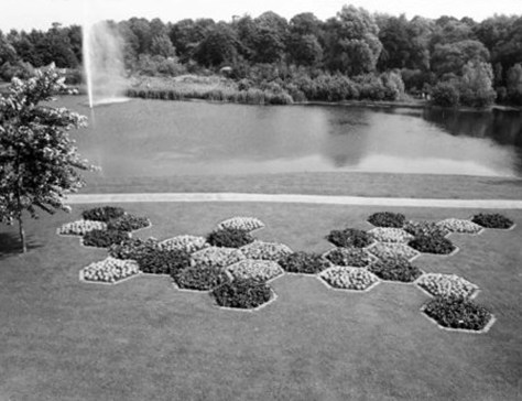 Hexagonal flowerbeds next to the central pond Floriade 1972