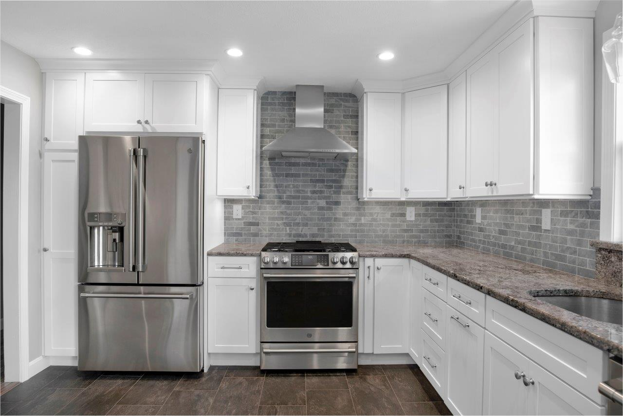 Kitchen Pics With White Cabinets Swansea, Ma | Kitchen & Countertop Center Of New England