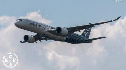 Airbus A-350-900,