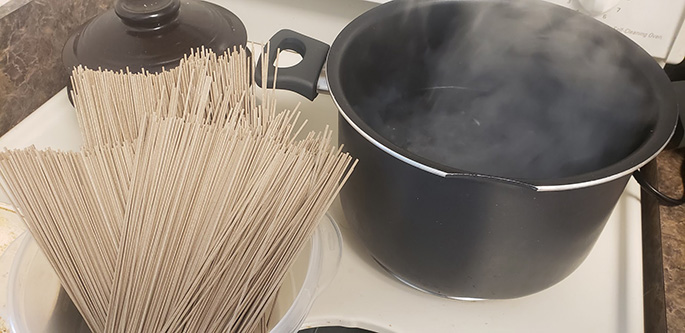 boil water for soba noodles