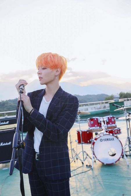 Khottie of the Week Woosung, orange hair