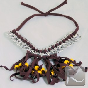 collar reciclado