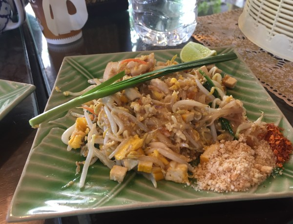 Eat your Pad Thai!