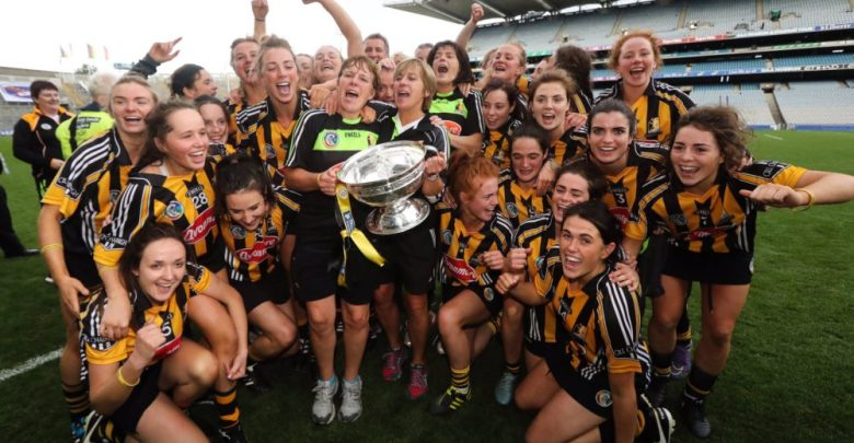 Kilkenny's senior camogie stars celebrate their All-Ireland victory over Cork on Sunday 11 September 2016. Photo: Camogie.ie