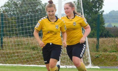 Kilkenny United's Bethany Carroll (left)