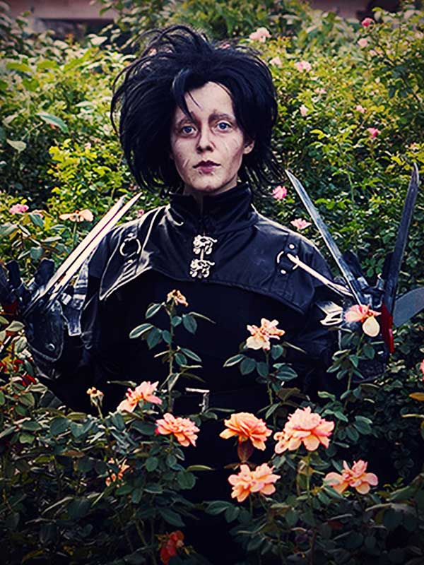 Kater Tot as Edward Scissorhands