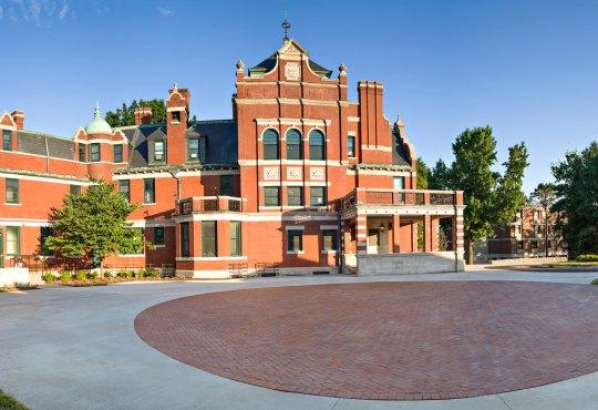 The Renovation of KCAI's Historic Vanderslice Hall Brings the Mansion Back to Grandeur