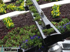 Arms with planters