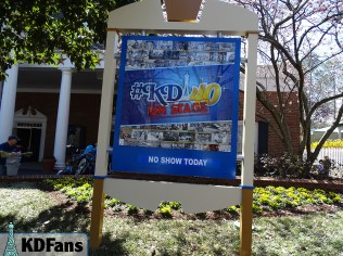 #KD40 On Stage sign