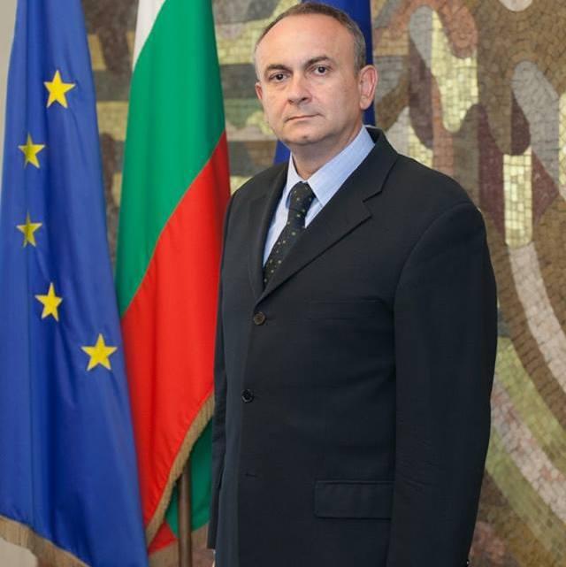 Първа среща на българите в Атина с посланик г-н Валентин Порязов
