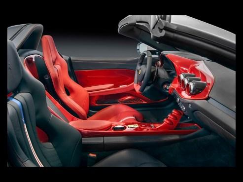 2015-Ferrari-F60America-Interior-1-1024x768