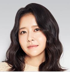 キム・テヨン(cast:イ・スヨン)|ソッキョン父の内縁の妻、37歳