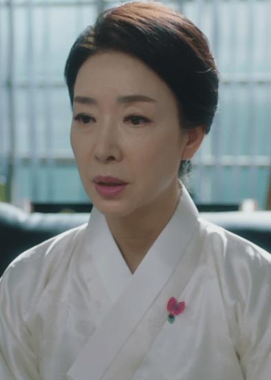 パク・ヨンサン(cast:キム・ボヨン)