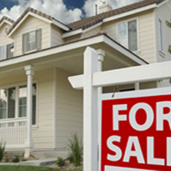 Several 'staged' homes for sale were burglarized during the months of November and December 2012, according to police. (Photo: SearsRealEstate.com)