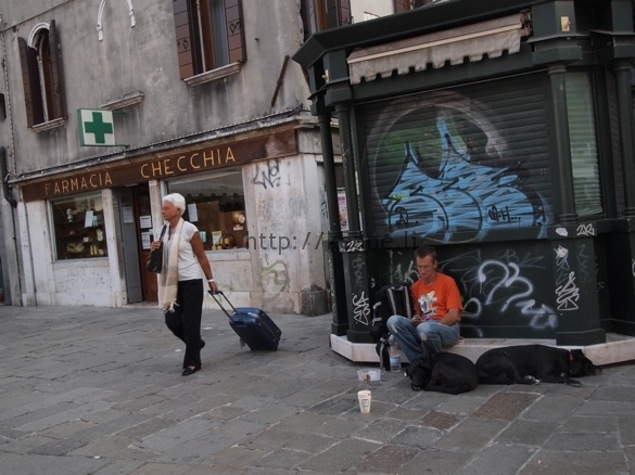 Photo - Street Art in Venice