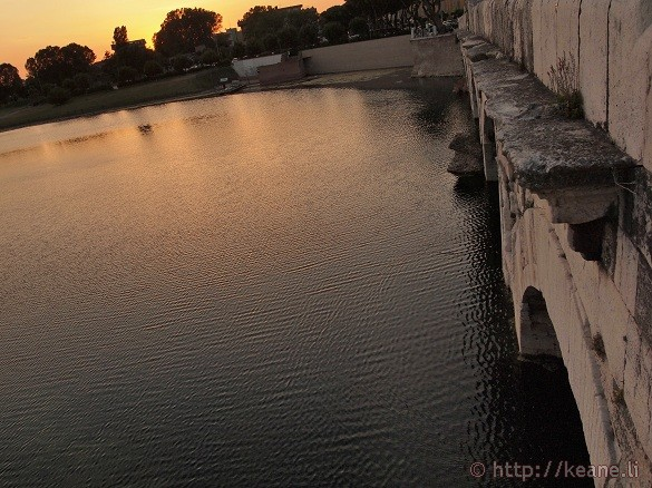 Ponte d'Augusto / Bridge of Tiberius at Sunset