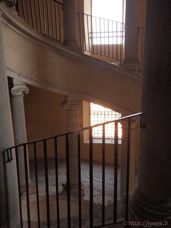 Bramante's Staircase