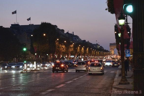 Champs-Élysées - Traffic at Night