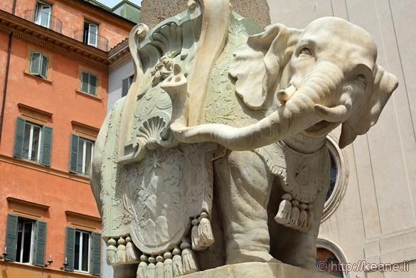 Elefantino in Rome's Centro Storico