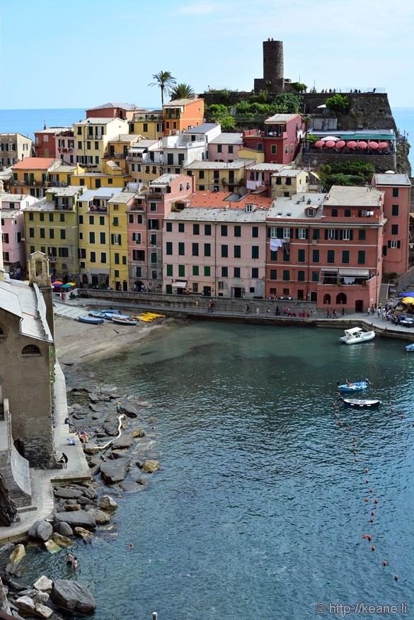 Cinque Terre - Colorful Buildings of Vernazza