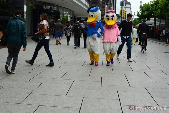 Donald and Daisy Duck Along the Zeil