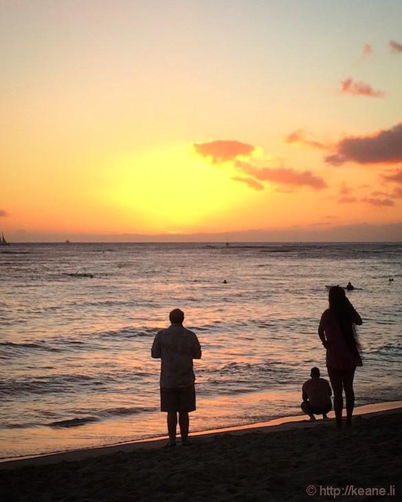 Oahu - Sunset at Ala Moana Beach Park