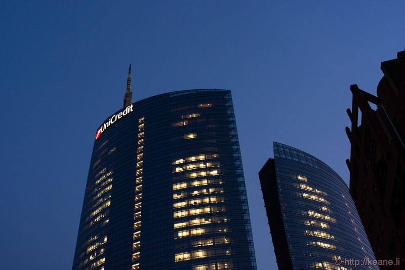 UniCredit Tower from Piazza Gae Aulenti