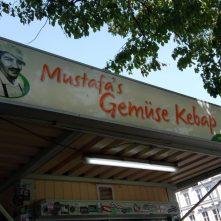 Slavná Mustafova budka - Mustafa's Gemüse Kebap (Berlín)