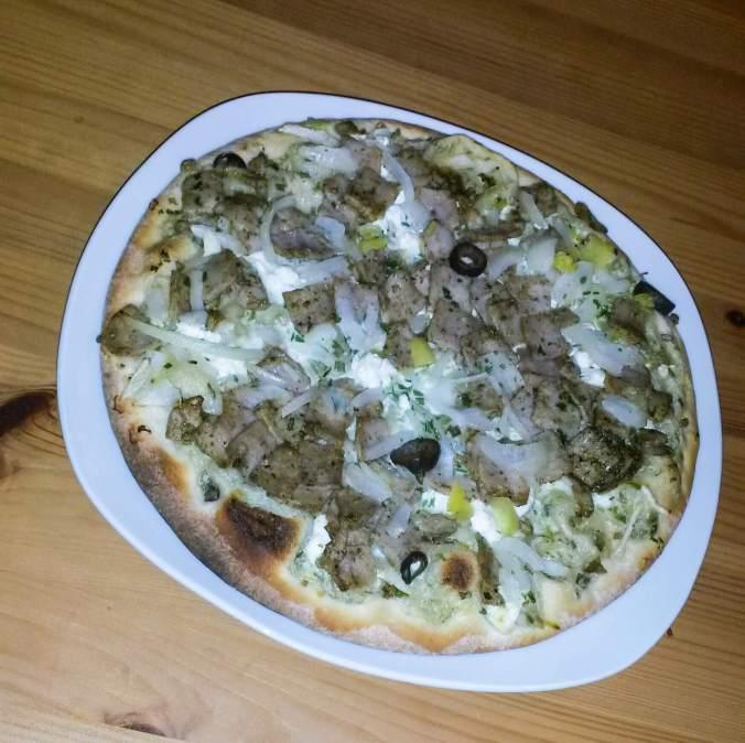 Hotovo, můžeme jíst- Pizza Gyros