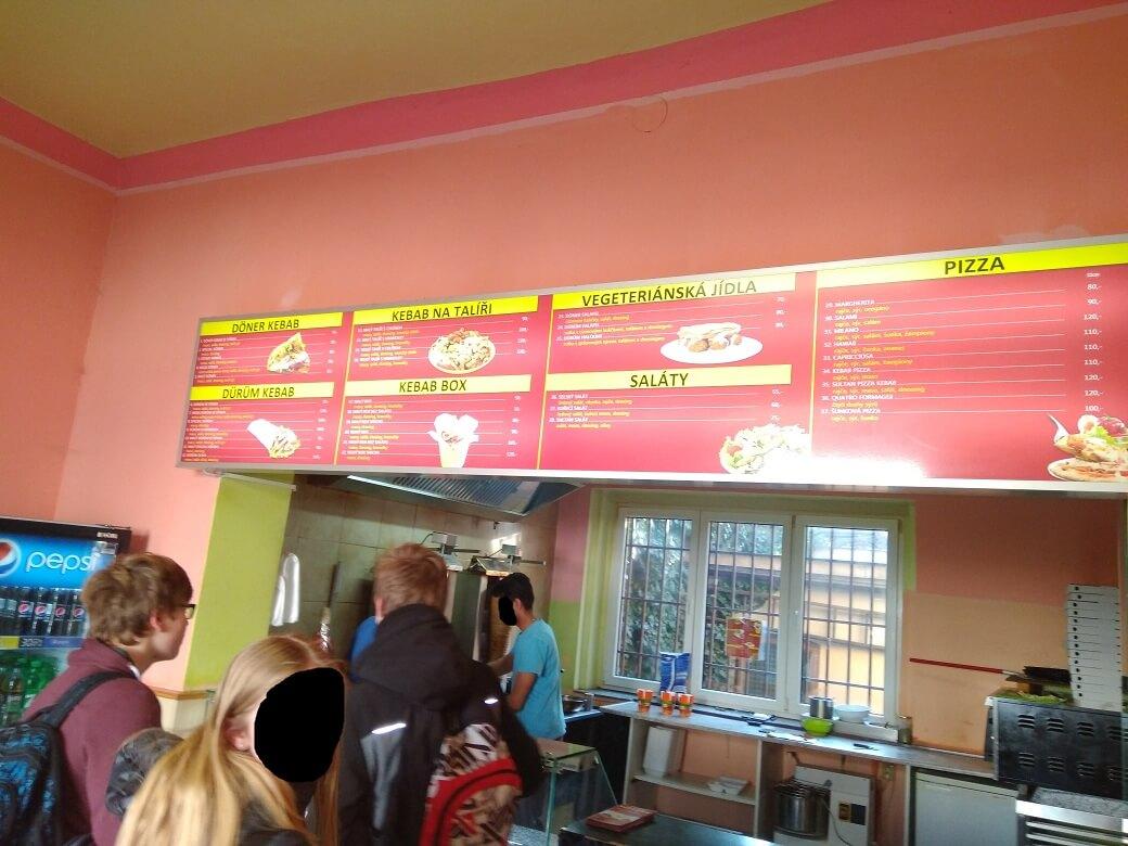 Interiér - Sultan Pizza Doner Kebab (Kladno)