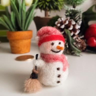 keçe yün kardan adam