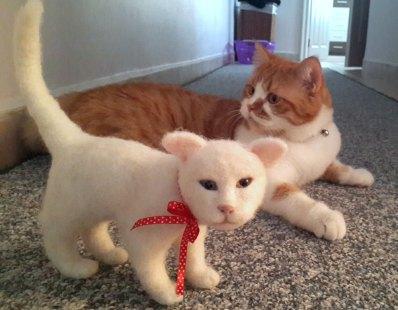 keçe iğneleme kedi