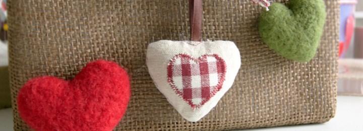 Keçe İğneleme Tekniği ile Kalp Nasıl Yapılır? (video anlatımlı)