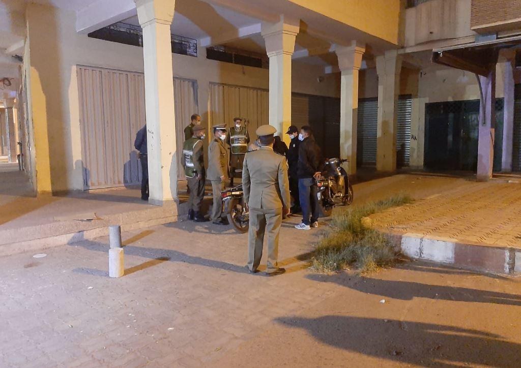 اعتقالات في صفوف مخالفي قرار حظر التجوال الليلي بمراكش + صور