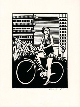 linolschnitt-katrin-stangl-frau-mit-fahrrad