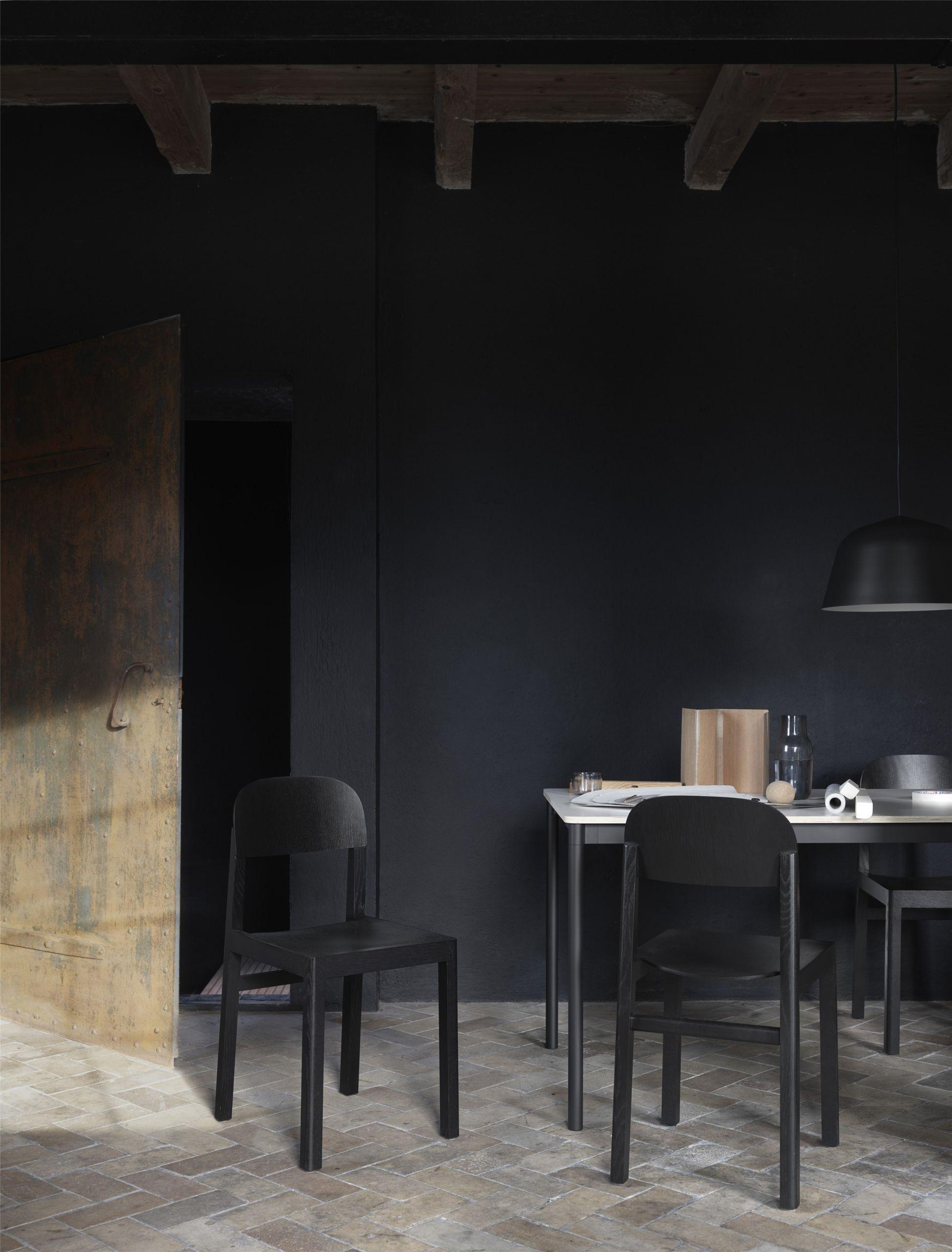 Muuto Base tafel 190x85 Oak Veneer/Plywood/Black