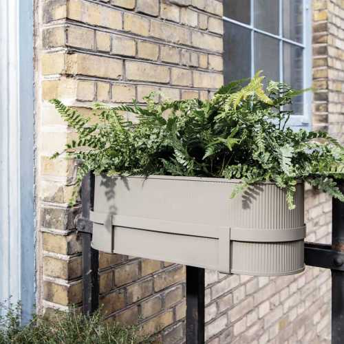 Ferm Living Bau Balcony Box Black